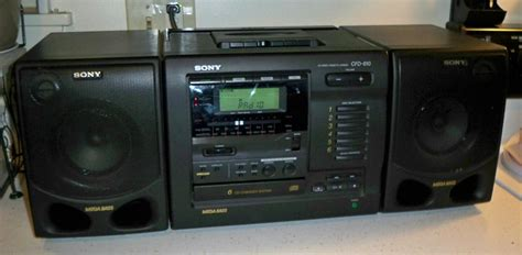 Sony CFD-610 AM FM Stereo 6 CD Changer Player Cassette