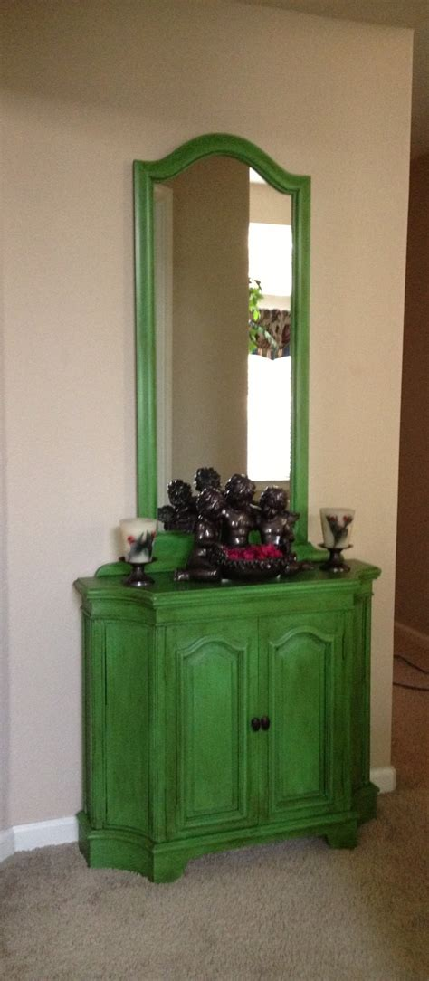 Annie Sloan Antibes Green with clear and dark wax   Green